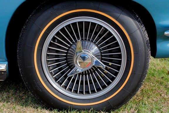 1965 Corvette Knock Off Wheel Set