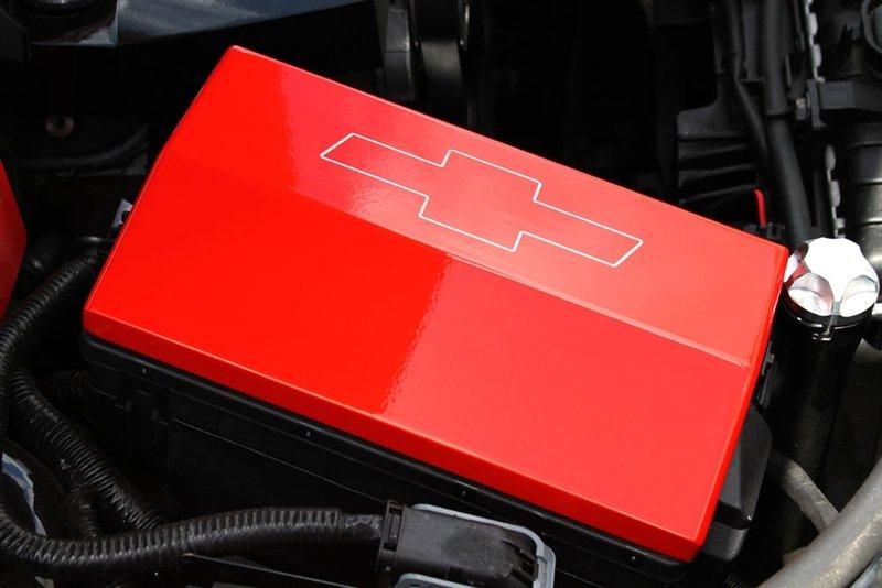 2010 2015 camaro fuse box cover southerncarparts com rh southerncarparts com 1980 Camaro Fuse Box Pics 1969 Camaro Fuse Box